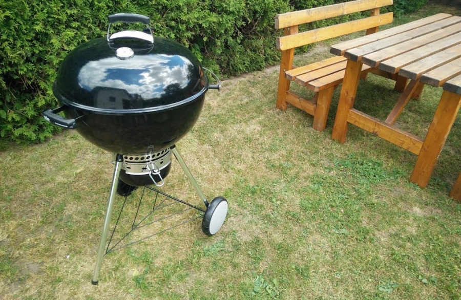 Weber Holzkohlegrill : Weber holzkohlegrill master touch gbs